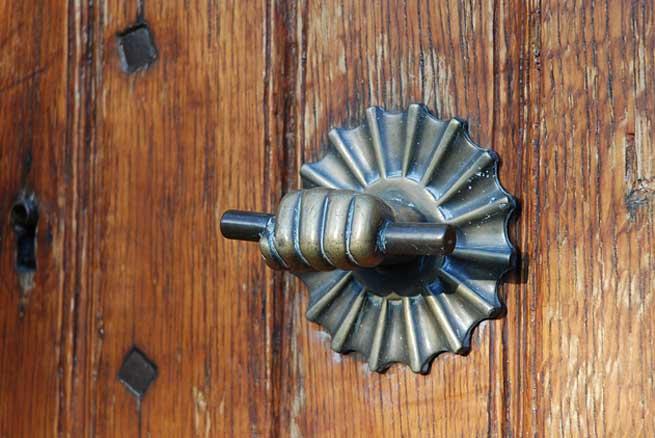 pittoreske deurklopper eijsden